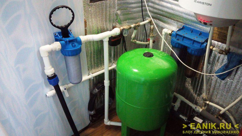 Система водоснабжения в технической комнате