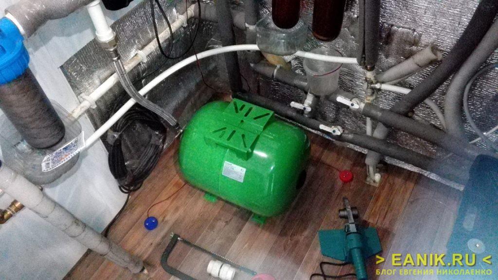 Новый гидроаккумулятор после устранения аварии